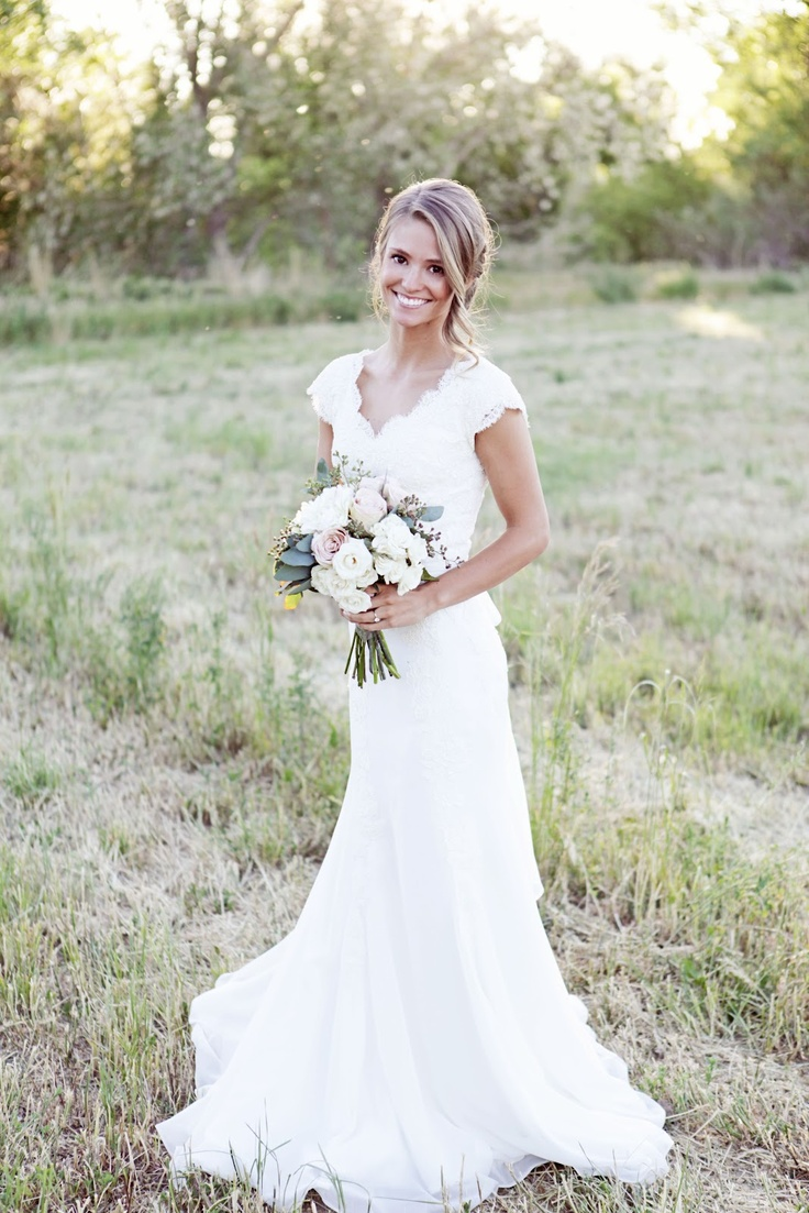 Ritzy Ranch: Romantic Rustic Vintage Wedding Theme - Wedding Blog ...