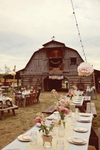 Rustic Chic: Laid-back Rustic Wedding Theme