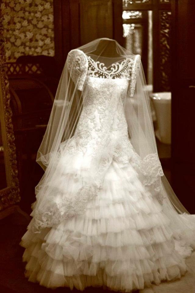 fil bridal gown