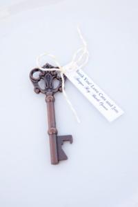 key bottle opener favor3