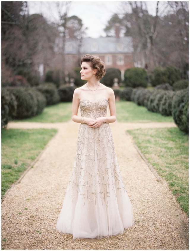 monique lhuillier gold wedding dress