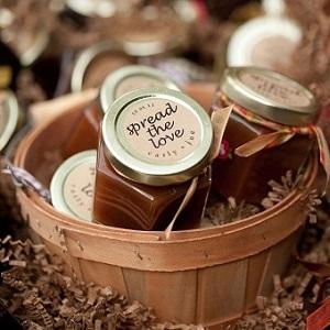 favors with flavor 12 edible wedding favors wedding blog