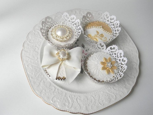 Lace and Pearls Wedding 2