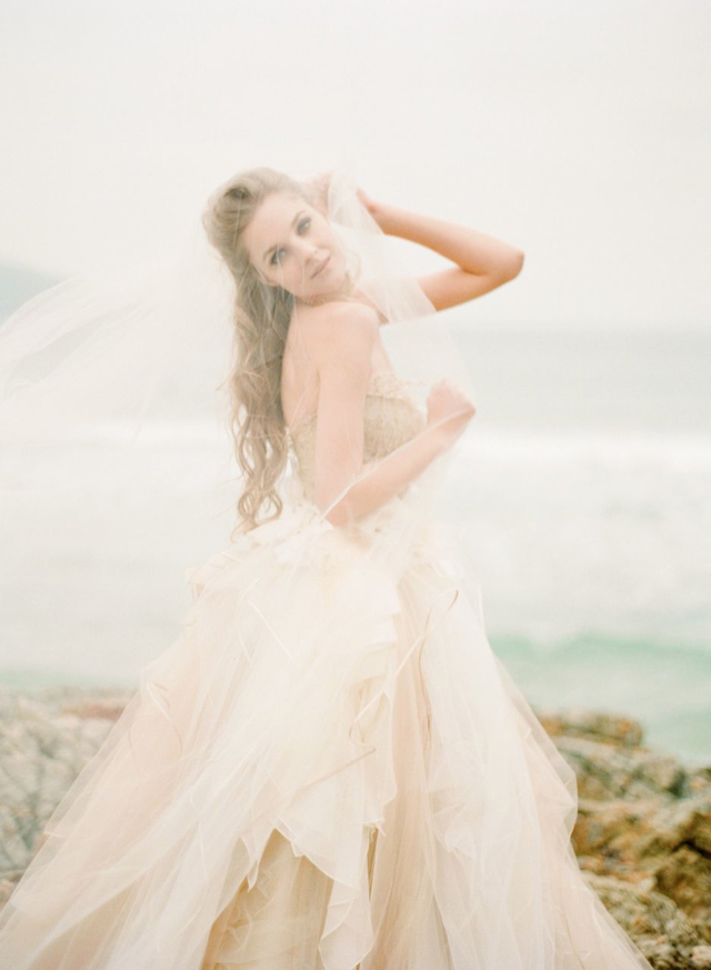 Vivian Luk Atelier\'s Dreamy Seaside Shoot by Alea Lovely ...