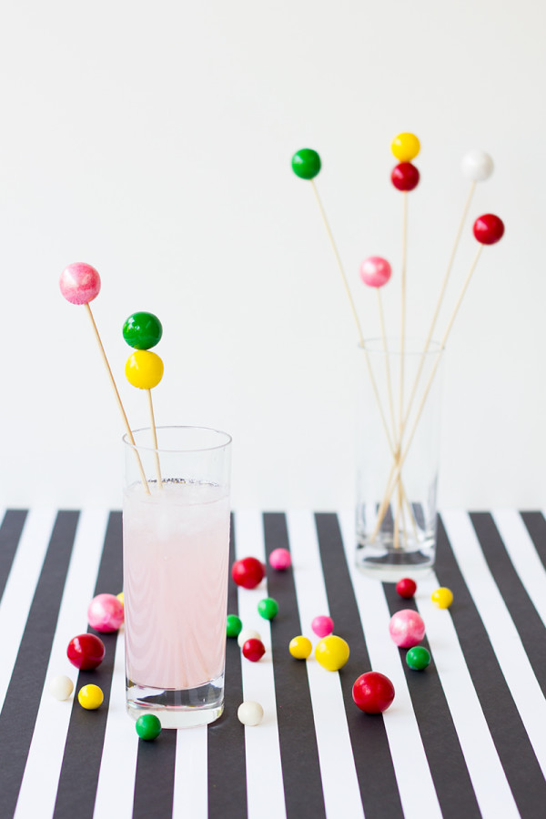 DIY-Gumball-Drink-Stirrers