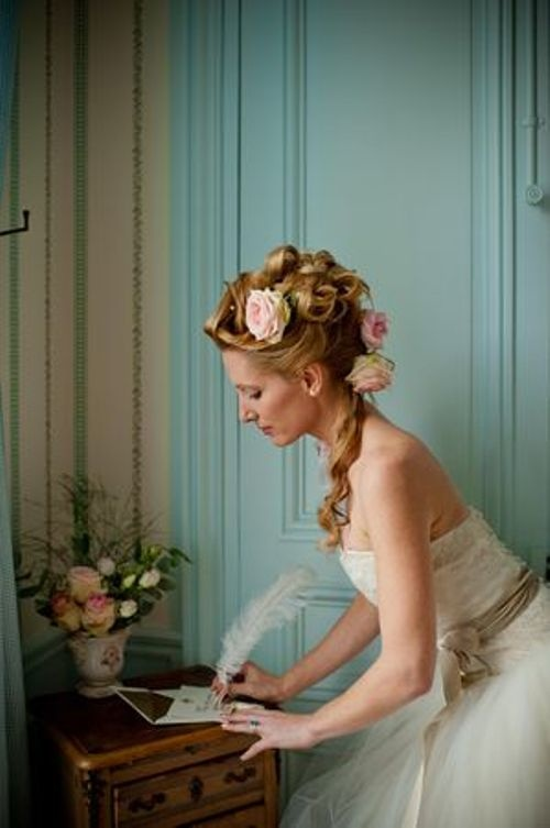 movie monday marie antoinette wedding blog cherryblossoms and faeriewings. Black Bedroom Furniture Sets. Home Design Ideas