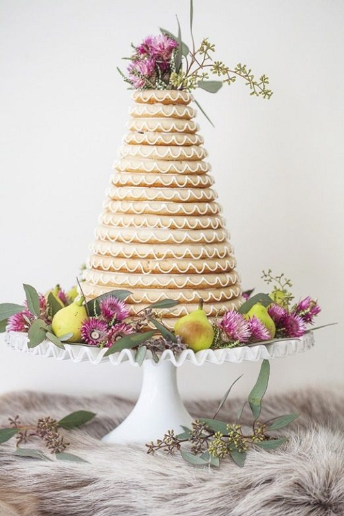4 Wreath Cake